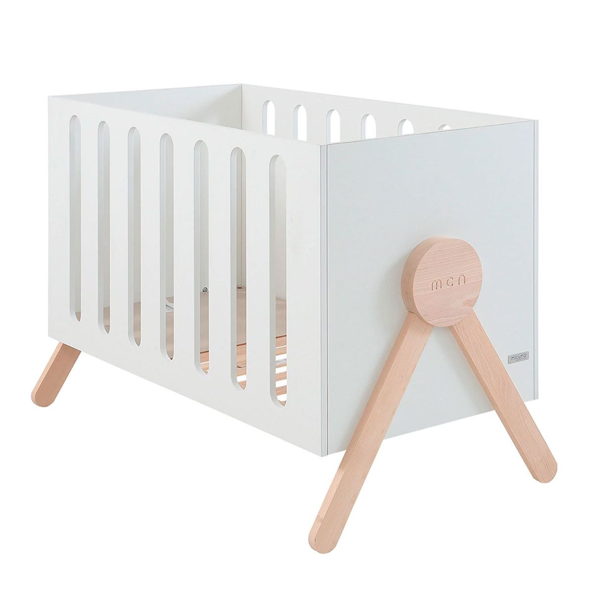 Cuna Micuna Swing Babybacter con Relax System blanco/waterwood